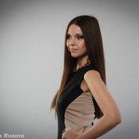 ... :: Ярославна Русова