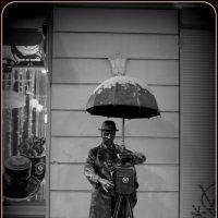 Памятник фотографу. :: Ната Лебедева
