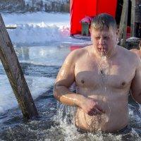Крещенские купания :: Victor