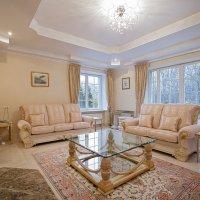 Интерьер в частном доме :: Нина Киселева