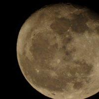 Луна :: максим Озеров