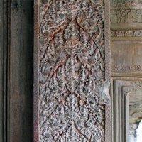 Камбоджа. Ангкор-Ват. Придверный орнамент :: Владимир Шибинский