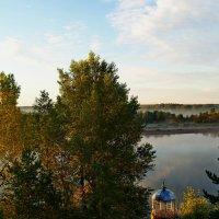 Река на восходе солнца. :: Владимир Михайлович Дадочкин