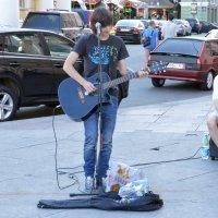Уличные музыканты :: Евгения Латунская