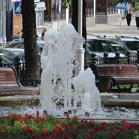 Фонтанчик :: Владимир Гилясев