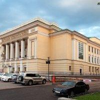 Театр оперы и балета имени Абая в Алматы :: Vladimir Valker