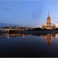 У реки :: Виктория Иванова