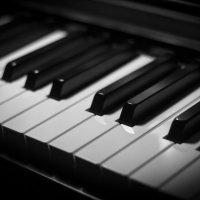 Клавиши фортепиано :: Игорь Скрыль