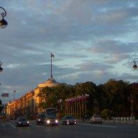 Адмиралтейство. Белые ночи :: Олег Николаев