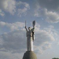 Киев.Родина-мать. :: Алина Тазова
