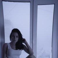 в окне :: Andrey Kil'dibaev