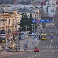 Севастополь, улица Октябрьского :: Игорь Кузьмин