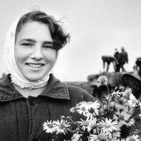 Деревенская красавица :: Валерий Талашов