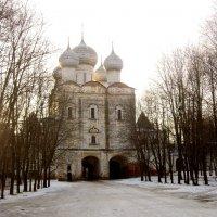 Надвратный храм. :: Михаил Попов