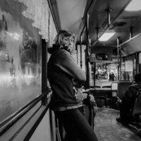 Кондуктор в атобусе :: Сергей Черепанов
