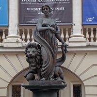 Любимая женщина братьев Запашных , с котом-:))) :: Александр Запыленов