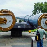 100 лет...381 мм орудиям главного калибра, с линкора «Куин Элизабет» :: Сергей Сердечный