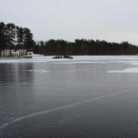 Озеро, лёд, гонки :: Mariya laimite