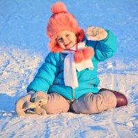 Дети непременно должны быть счастливы, потому что детство– – самая чудесная пора. :: Ксения Заводчикова