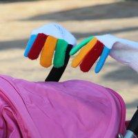 Олимпийские перчатки на вырост. :: Larisa Gavlovskaya