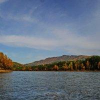 Осень на реке. :: Владимир Михайлович Дадочкин