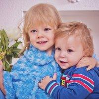 Милахи)) Сестричка и братик :: Svetlana Shumilova
