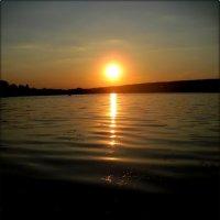 Закат над озером :: Татьяна Пальчикова