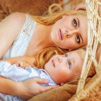 Мама и малыш :: Наталия Карлинская