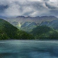 озеро Рица :: Дмитрий