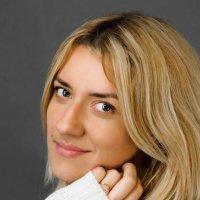 С нежной улыбкой. :: Юлианна Джиоева