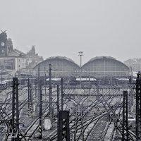 Прага.Железнодорожный вокзал. :: D. S.
