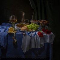 Натюрморт в голландском стиле с булочкой :: Светлана Л.