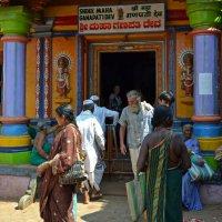 Индия. Индуистский храм. После разговора с Богом :: Владимир Шибинский