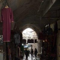На узеньких улочках старого города 2 :: susanna vasershtein