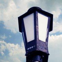 Первый фонарь :: Евгения Латунская