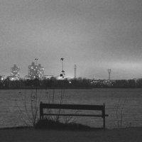 Давай немного посидим в тишине... :: Юрий Кондырев