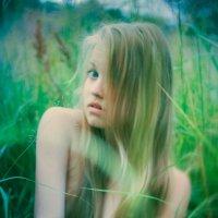 Девушка в поле :: Мария Влас