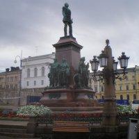 Сенатская площадь.Памятник Александру 2. Хельсинки.2012г :: Мила