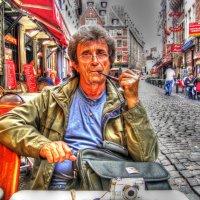 в кабачке за рюмкой чая сидел он, головой качая... :: Александр Корчемный