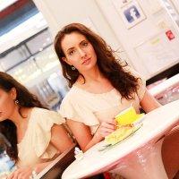 Чай в кафе :: Тамара Смирнова