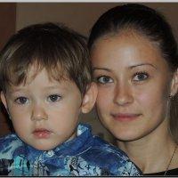 Мама с сыном :: Анатолий Вафин
