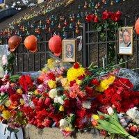 Мы вас никогда не забудем! :: Валентина Данилова