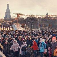 Пышные гуляния Ярмарка венчает :: Ирина Данилова
