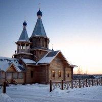 храм на восходе :: Алексей Мусатов