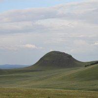 Холмы на пути в Хакасию :: Alexey Bogatkin