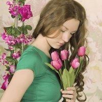 Девушка с цветами. :: Ксения Соболева