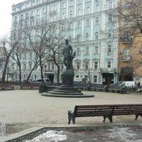Памятник С.Есенину на Тверском бульваре :: Владимир Прокофьев