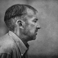 Портрет мужчины в профиль... :: Анна Корсакова