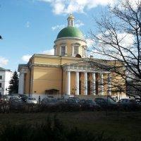 Собор Троицы Живоначальной в Свято -Даниловом монастыре  (внутренний двор) :: Владимир Прокофьев