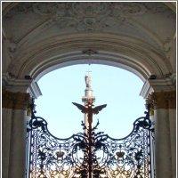 Ворота царского дворца :: Владимир Гилясев